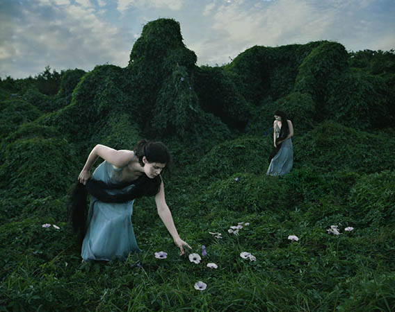 Ritualism 9, from a series by Tamara Dean (http://oculi.com.au/photographers/tamara-dean/)